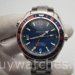 Omega Seamaster Planet Ocean 232.30.44.22.03.001 Montre homme 44 mm